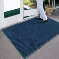Waterhog Classic 4'W x 6'L Mat with Rubber Edging